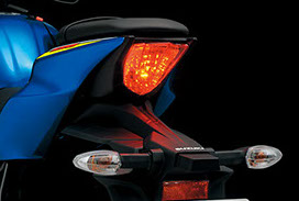 gsx-r125l8_rearcombiled-crop-u23232